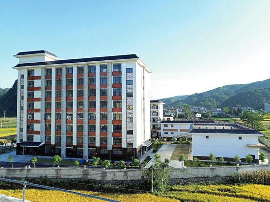 已建成的马山县白山养老服务中心将让更多老人安享晚年