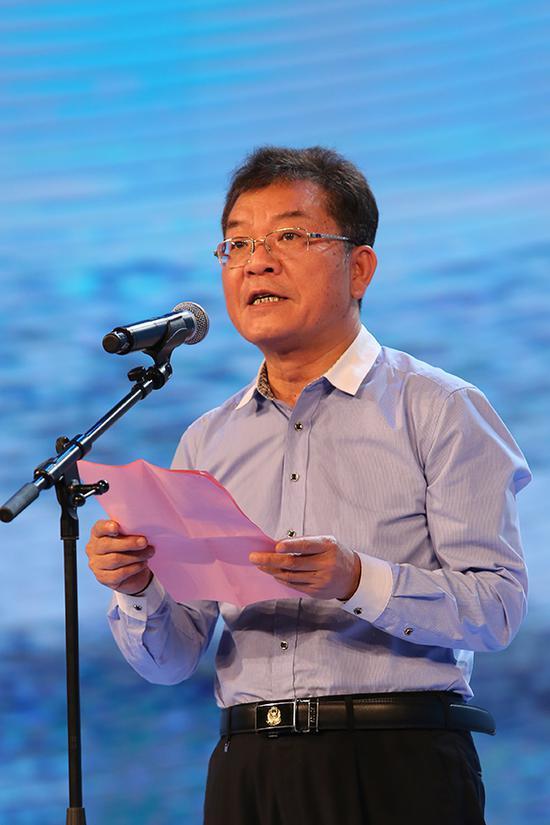 自治区民政厅副厅长张光廷为发布会致辞