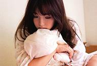 日本童颜女神筱崎爱冬日温暖写真