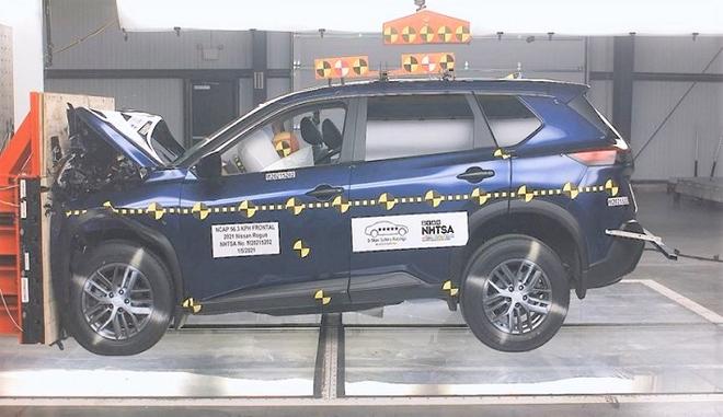 日产Rogue在NHTSA测试中仅获两星