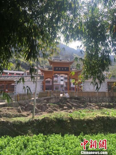 贵州乡村一隅。 张伟 摄