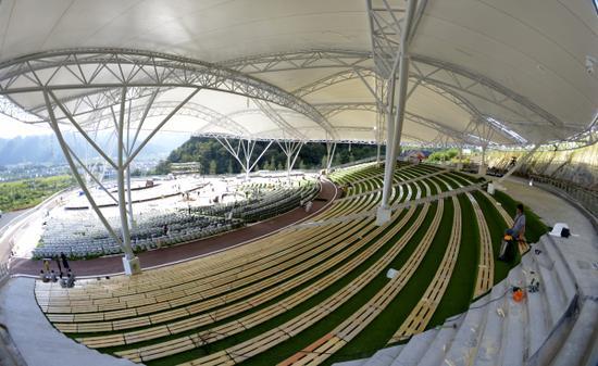 可以360度观景的会演中心
