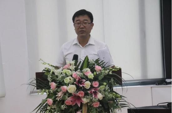 省地方金融监管局副局长 任辉