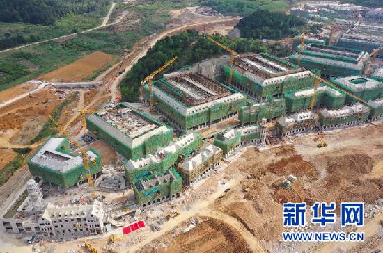 建设中的贵安华为云数据中心(2020年3月29日摄)。新华社记者 施钱贵 摄