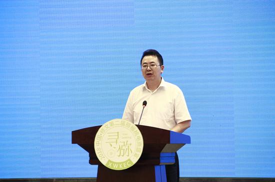 修文县委常委、常务副县长廖勇致辞