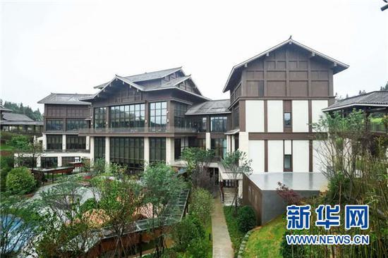 新开业的万达锦华温泉度假酒店 主办方供图