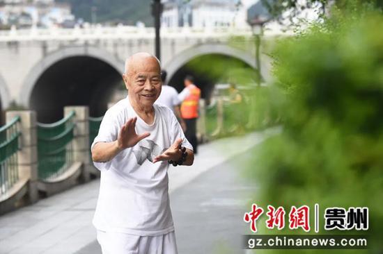 """贵阳市南明区:按下""""三感社区""""建设""""快进键"""" 奏响群众美好"""