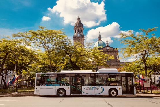 交付菲律宾的比亚迪电动巴士