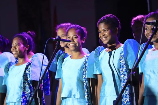 巴丹省原住儿童演唱《希望环境更美好》,透露着对低碳生活的渴望