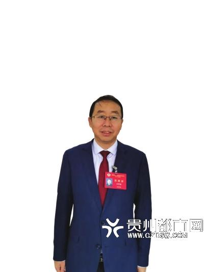 委员石宇波