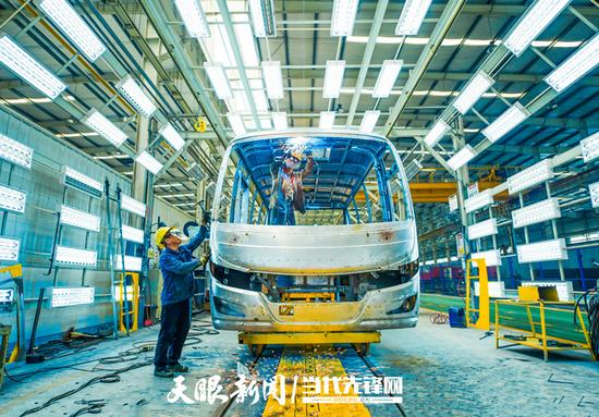 前7月贵州新兴产业保持强劲发展势头
