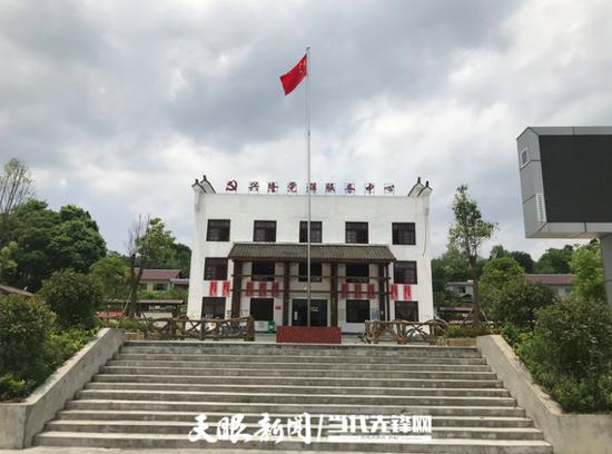 """息烽县兴隆村:""""三风""""拂面掀起乡村治理""""红盖头"""""""