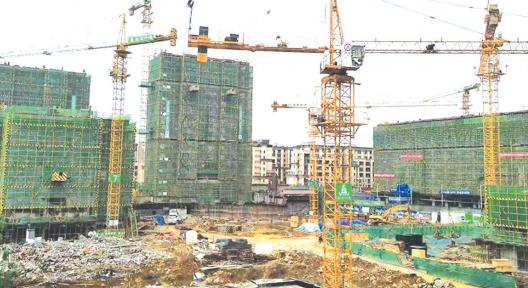 建设中的工地。