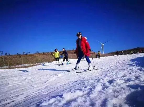 来源:贵州高坡云顶滑雪场