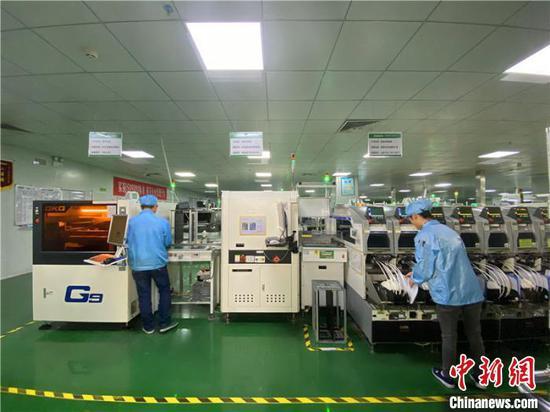 西秀区智能终端产业园内的翰瑞电子智能终端产业项目。李婧 摄