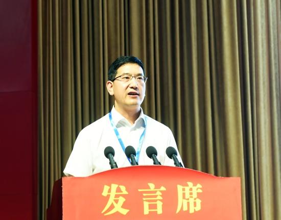 贵州磷化集团党委副书记、总经理杨三可