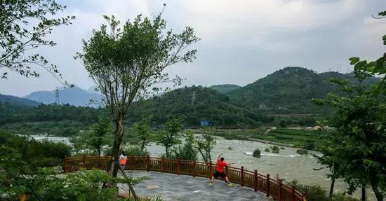 红树林城市湿地公园,四川省成都市白鹭湾城市湿地公园和贵州省安顺市