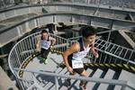 垂直马拉松赛今日在筑开跑 选手将从1楼爬上55楼