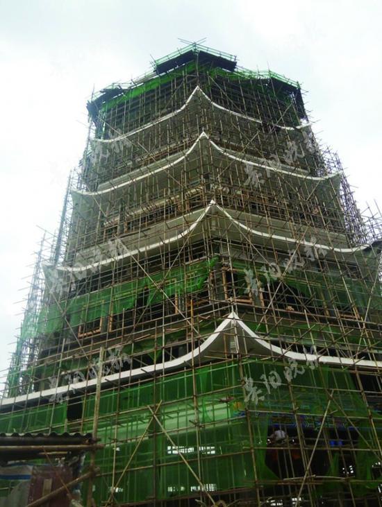 藏经阁主体结构完工