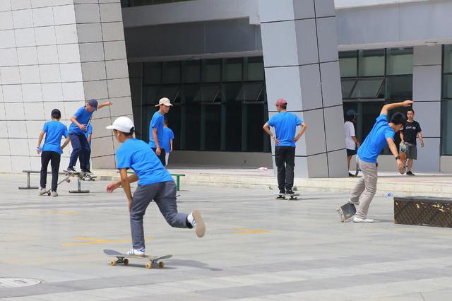 滑板国家集训队在贵州成立 系全国第三处集训地