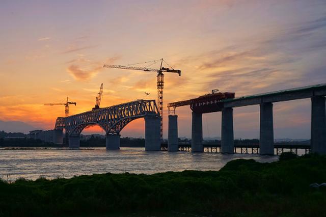 成贵高铁有望明年完成铺轨 预计2019年6月全线通车