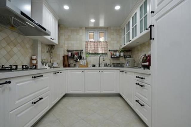遵义:无防水要求阳台不得改为厨房