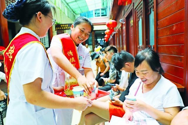 """清镇:建设健康""""湖城"""" 服务社会民生"""
