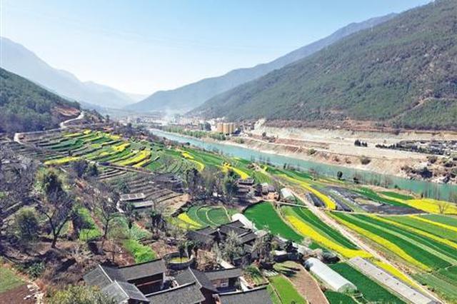 """息烽县:厚植""""绿色家底"""" 广迎避暑游客"""