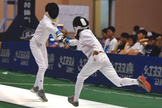 贵州省十运会击剑项目落幕 共产生了12枚金牌