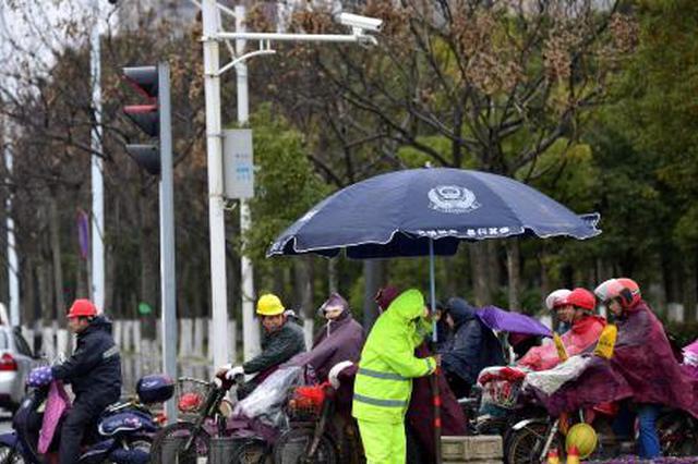 贵州:今日冷空气自北向南入侵 降温又降雨
