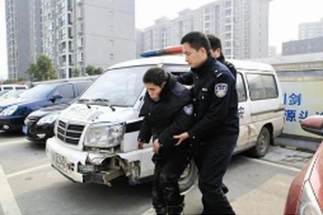 偷车得手上高速高兴过头刮了车 交警出现场两蟊贼落网