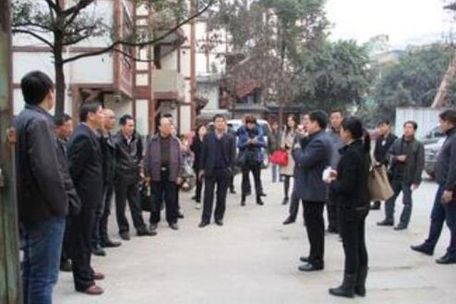 浙商走进黔东南 恳谈会现场签约13个项目