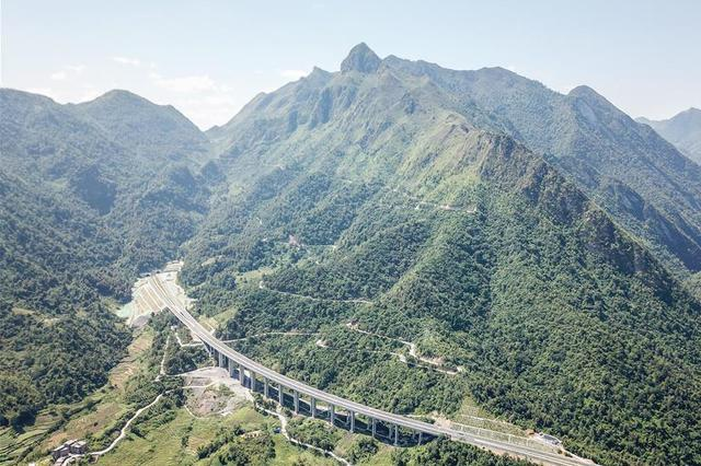 贵州罗望高速正式通车