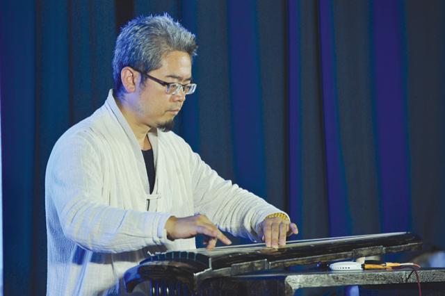 贵州省图书馆举行中秋国庆音乐分享会
