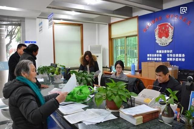 望谟县公安局:服务零距离 群众少跑腿