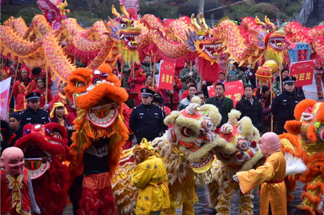 瓮安猴场:欢喜过元宵 喜聚龙狮节
