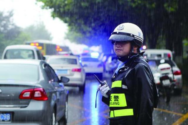 贵阳:醉驾遇交警 后悔已晚了