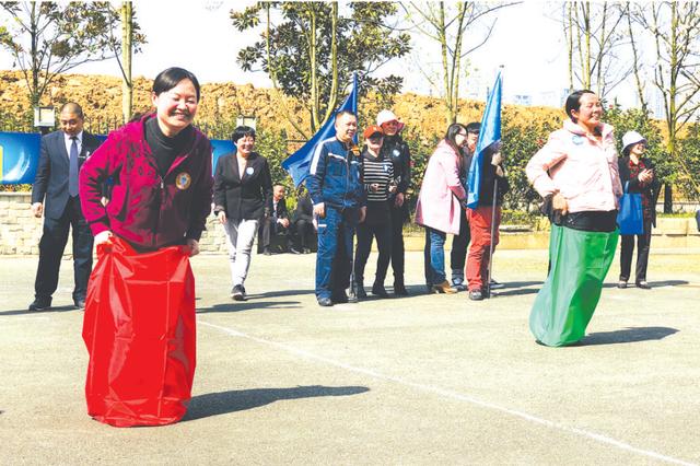新世界社区举行春季趣味运动会