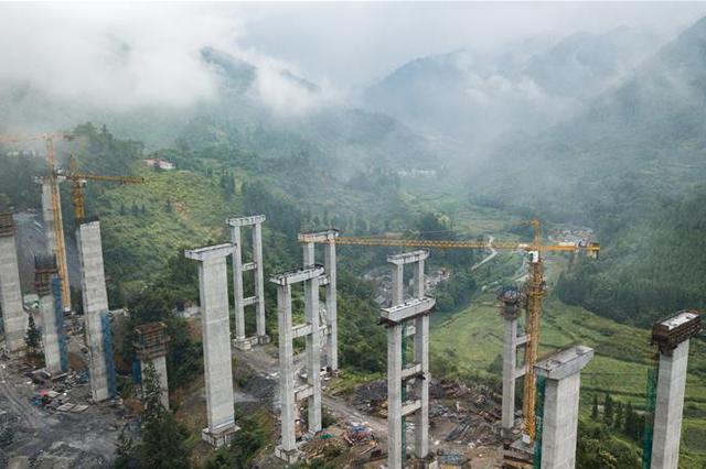 兰海高速重遵段(贵州段)扩容工程建设稳步推进