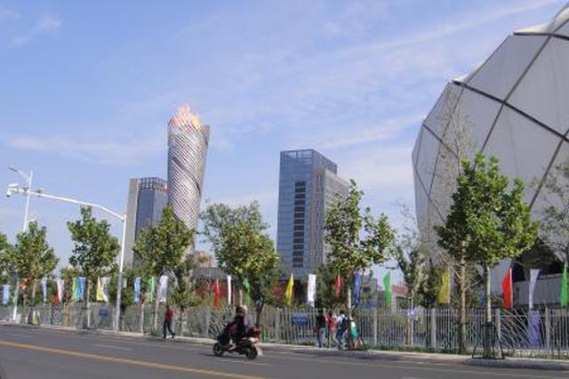 延中社区:开展违规横幅整治