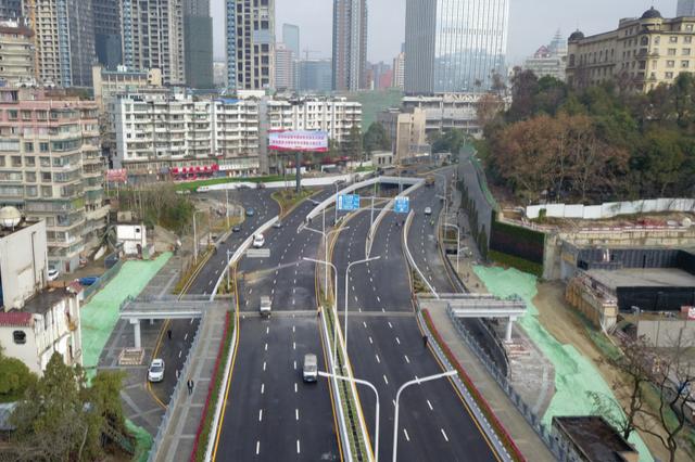 贵阳市数博大道、人民大道南段和花溪大道1月22日正式通车
