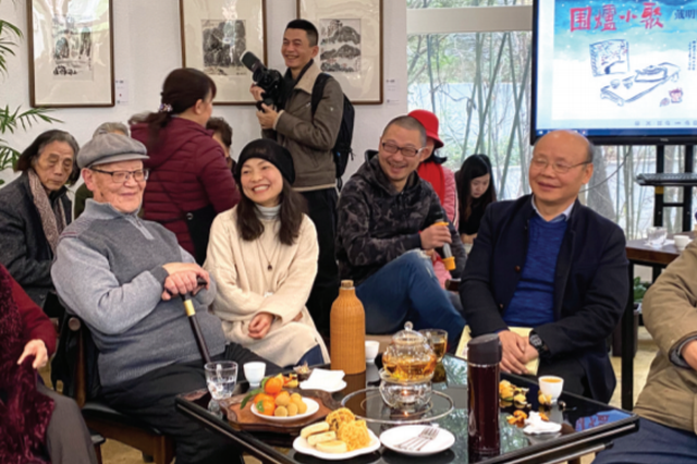 """戴明贤书画小品展上的围炉小聚 贵州文化名家欢乐""""吐槽"""""""