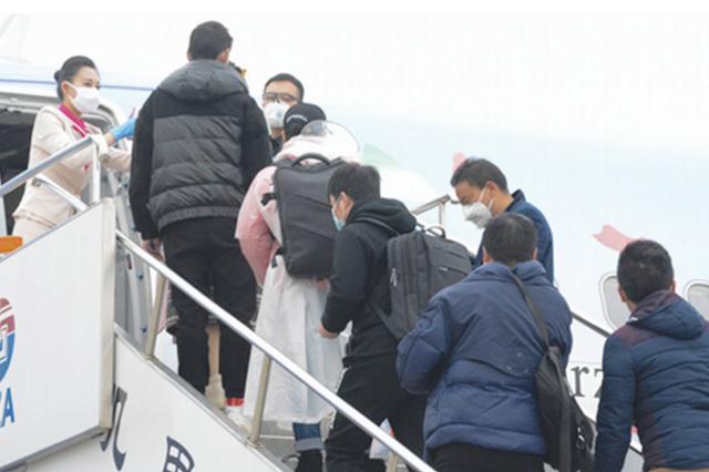 千人免费乘专机专列赴杭州务工