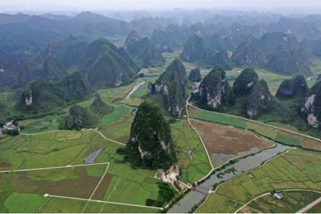 """贵州83个县(市)已进入气象学意义上的春天 只有万山还在""""等"""