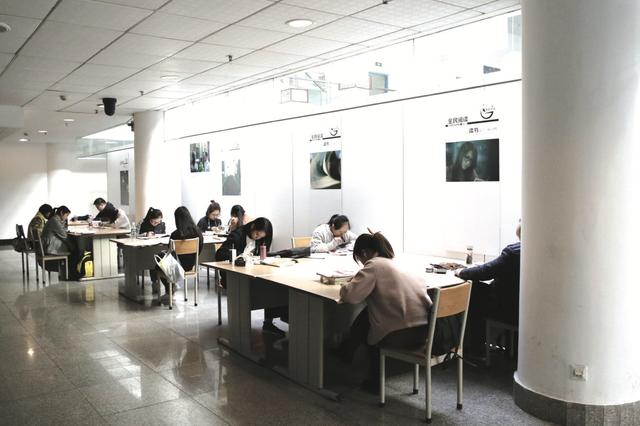 《贵州省公共文化服务保障条例》9月1日起施行 搬迁安置点应配