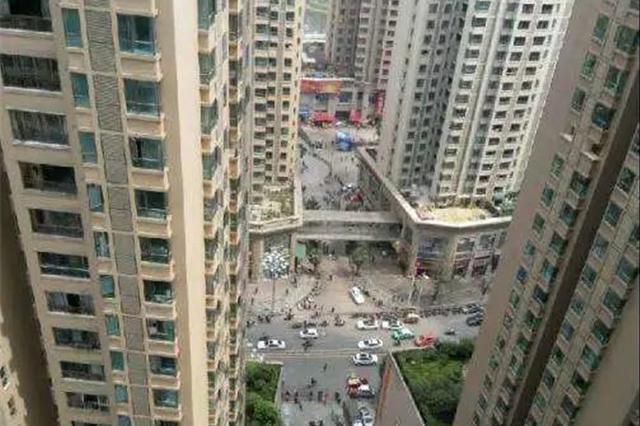 """爬45楼住户家偷走万元!贵阳这个专盯超高层下手的""""飞贼""""落"""