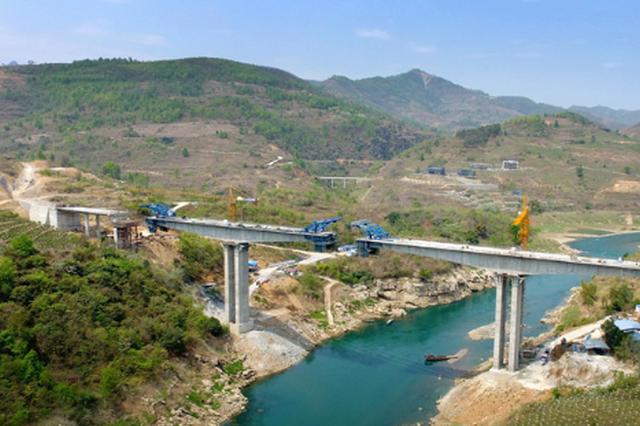 """见证贵州交通的蓬勃发展 北盘江上""""桥""""变迁(1)"""