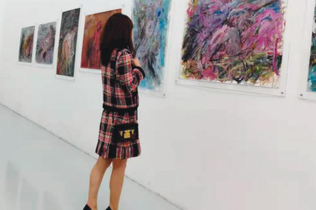 艺术家陈红旗纸本作品展在贵阳开展