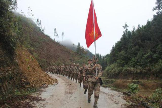 贵州省册亨县人民武装部组织开展新年度军事训练