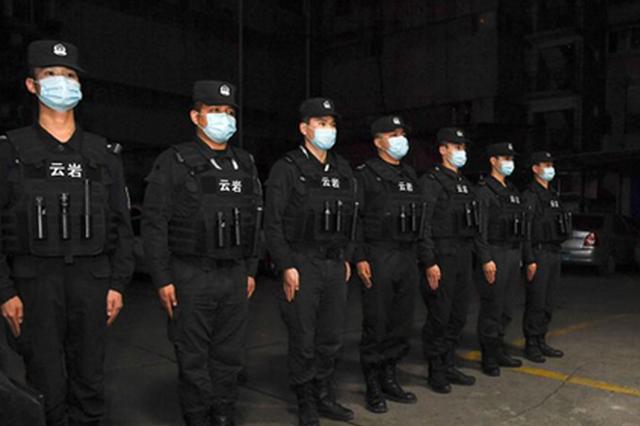 """为了最快到现场,看警察有多拼——一个110女警眼里的""""平安中"""